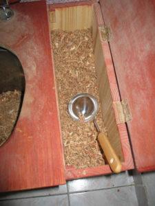 Streu einer Komposttoilette
